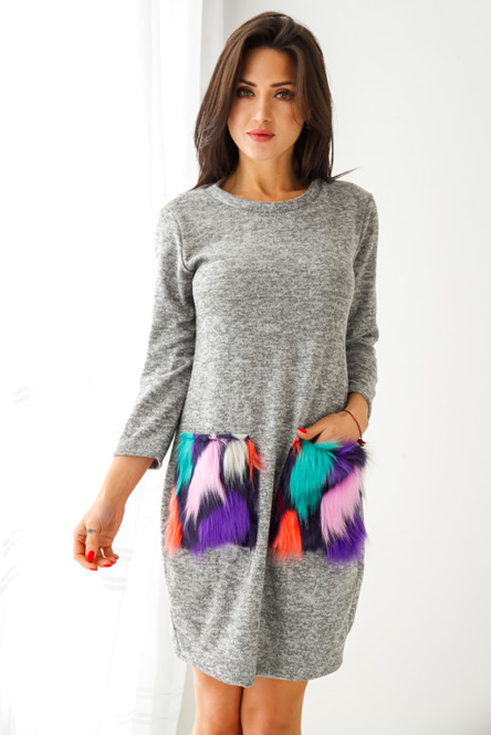 sukienka-z-ozdobnymi-kieszeniami
