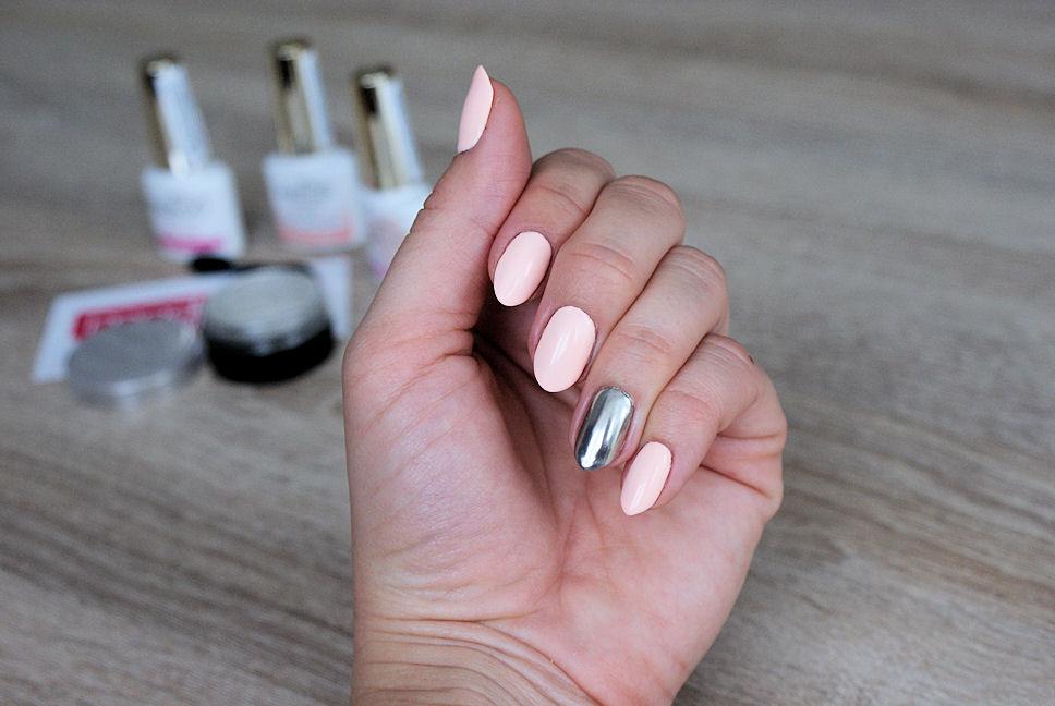 efekt lustra manicure hybrydowy