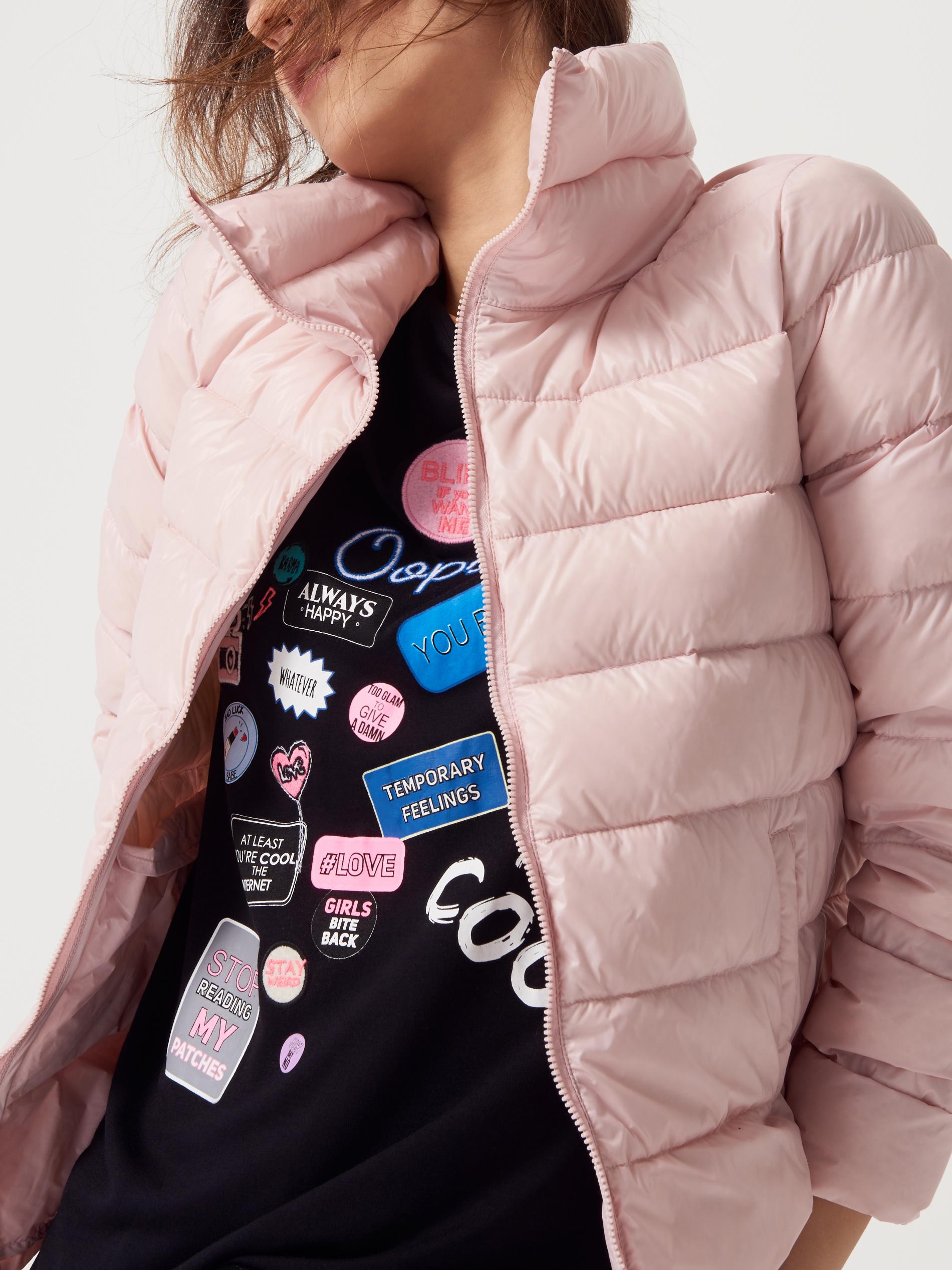 cf25b1a7f7b3a W końcu pikowana ciemna kurtka nigdy nie wychodzi z mody i z pewnością  będzie Ci służyła nawet przez kilka sezonów.
