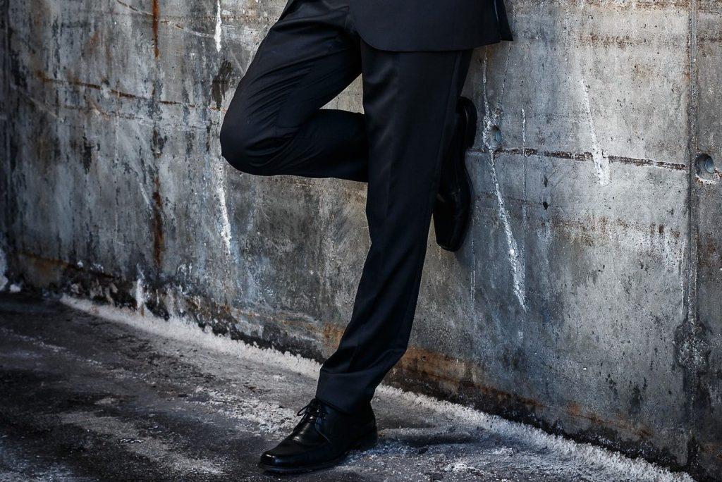 0371799767703 Eleganckie buty męskie to jeden z najistotniejszych elementów garderoby  każdego szykownego mężczyzny. Od dobrania odpowiedniego modelu zależy, ...