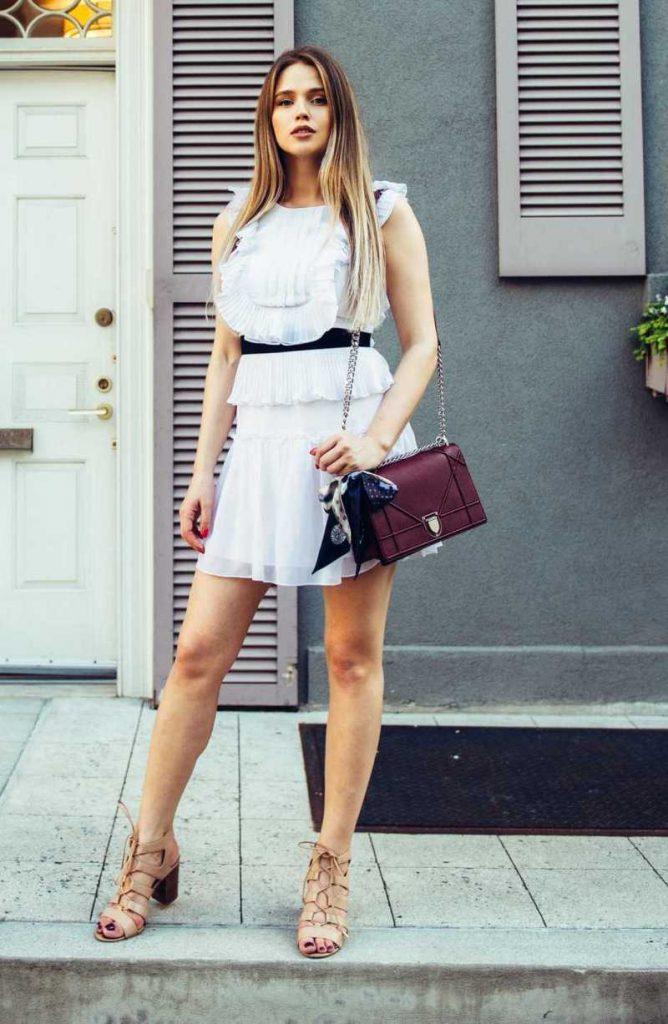 747e998112023 Starannie dopracowane i wyprofilowane obuwie urzeka również znane kobiety,  które chętnie je wybierają ze względu na wyjątkowe kolekcje, które stylowo  ...