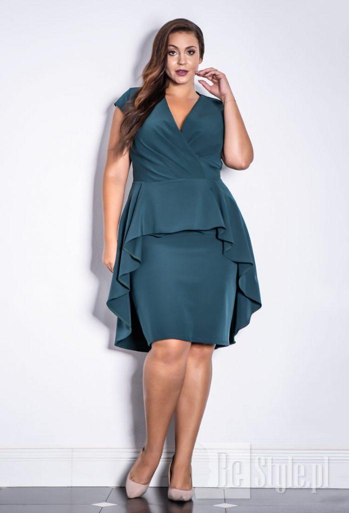 sukienka plus size w kolorze butelkowej zieleni